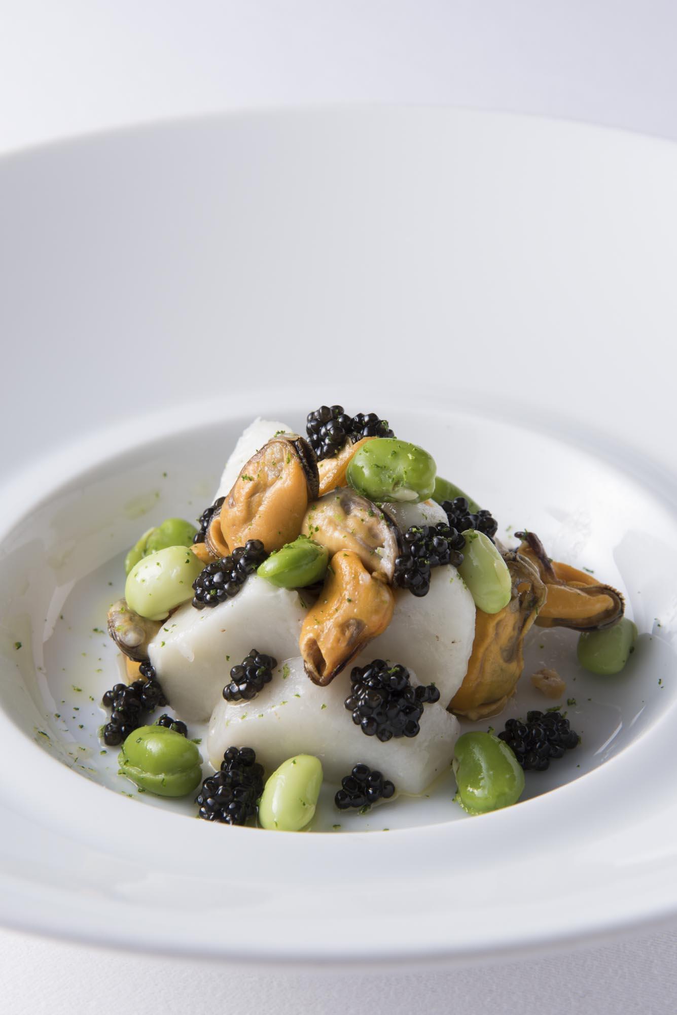 小芋とムール貝のサラダ