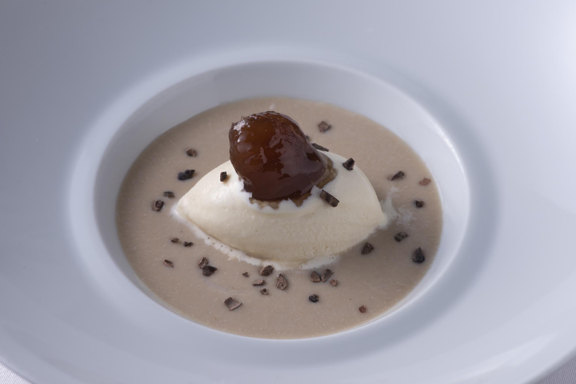 栗のスープ、蜂蜜アイス、マロングラッセ